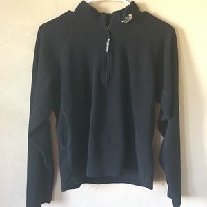 The North Face 1/4 zip pullover jacket. Sz M/M